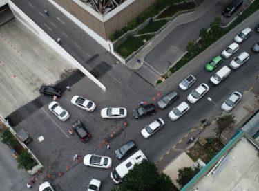 Dolu uyarısı sonrası İstanbul'da kapalı otoparklar doldu taştı