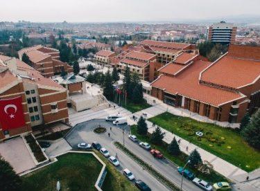 ANADOLU ÜNİVERSİTESİ 8. SIRADA