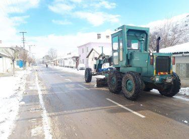 İnönü Belediyesinden kar yağışında anında müdahale