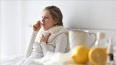Boğaz ağrısına ne iyi gelir? Hangi yöntemler boğaz ağrısını geçirir?