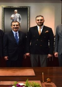 Eskişehirspor yönetiminden Başkan Ataç'a ziyaret