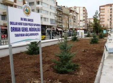250 kurum bahçesine 368 bin fidan diktiler