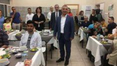 ESOGÜ Hastanesi'nde personeli ve hasta yakınlarına iftar yemeği