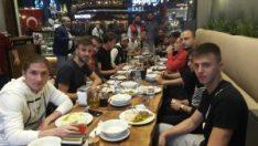 Sebahattin Tetik'ten Eskişehirsporlu futbolcular onuruna yemek