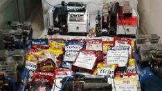Kaçak sigara satıcıları yakalandı