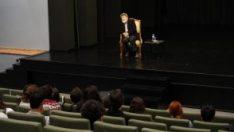 Prof. Dr. Cevat Çapan, Anadolu Üniversitesi'nde öğrencilerle buluştu