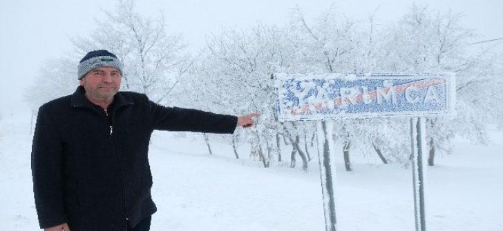 Bu mahallede kar kalınlığı 1 metre