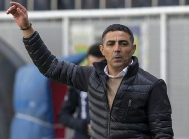 Eskişehirspor'u ligde bırakmayı her şeyden çok istiyorum