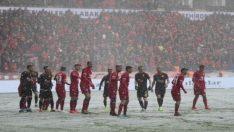 Eskişehirspor: 3 – Altınordu: 0