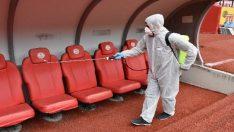 Eskişehirspor Adana Demirspor maçı öncesinde stadyum ilaçlandı