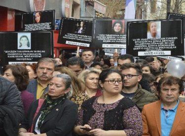 """Ceren Özdemir'in annesi: """"Ceren herkesin yüreğinde bir sızı, bir farkındalık oluşturdu"""""""