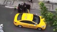 'Araba pislenir' diye taksiden atılan kadın sokakta doğum yaptı!