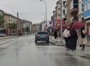 Eskişehir yağmura teslim oldu
