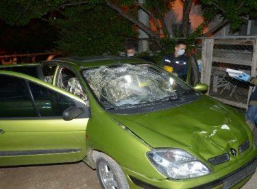 Eskişehir'de yayalara çarpan sürücü aracıyla kaçtı: 4 yaralı