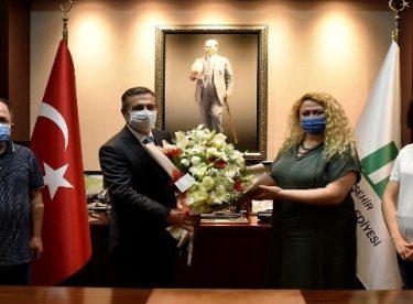 Sağlık ve Sosyal Hizmet Emekçileri Sendikası (SES)'ten Başkan Ataç'a teşekkür ziyareti