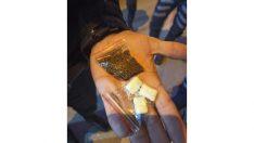 Polisin 'dur' ihtarına uymayan şüphelilerin üzerinden uyuşturucu çıktı