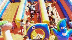 Oyun parkında doyasıya eğlendiler