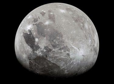 Ganymede'de su buharı bulundu